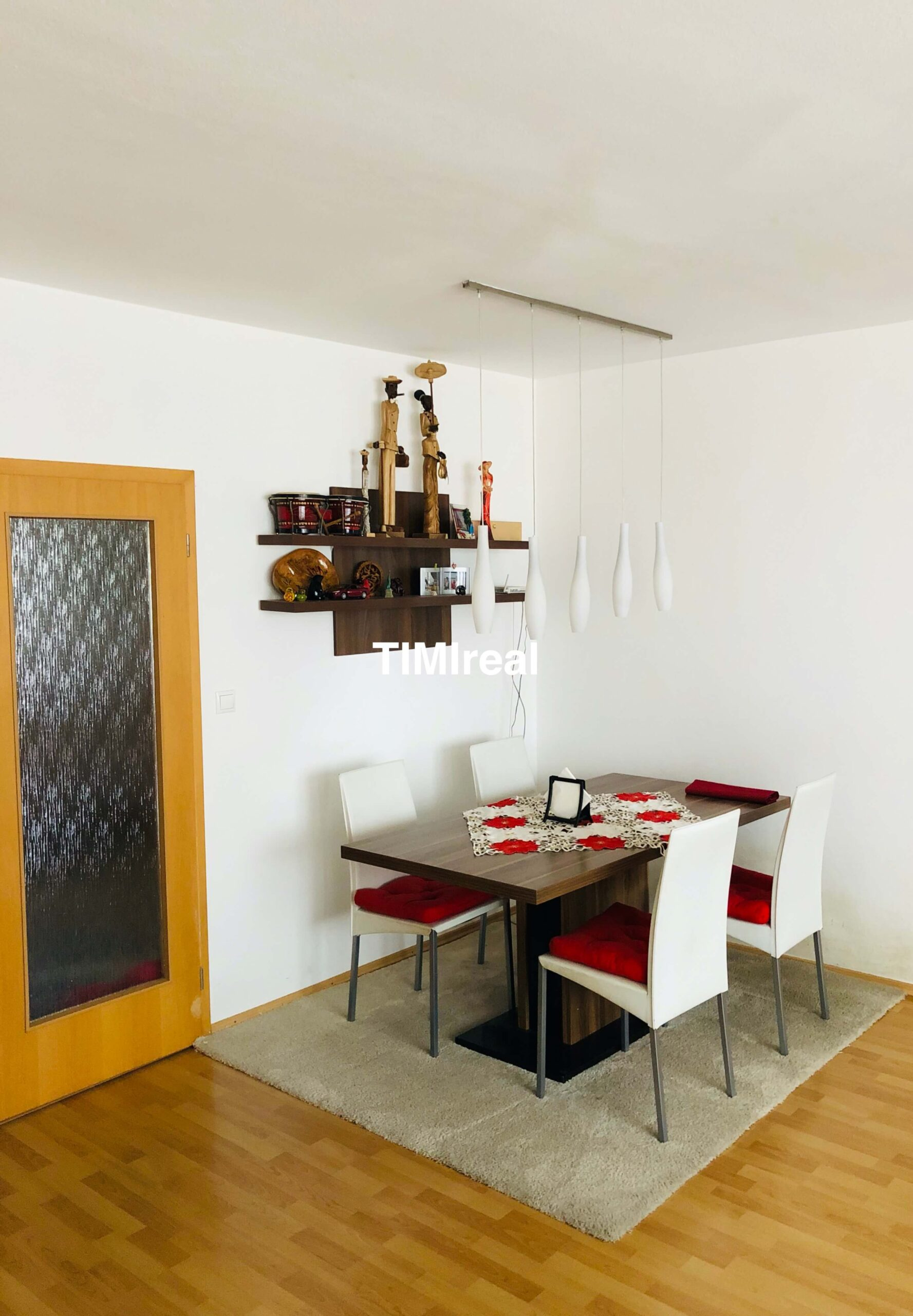 Slnečný 4 izb. byt v novostavbe s loggiou, balkónom a garážovým státím