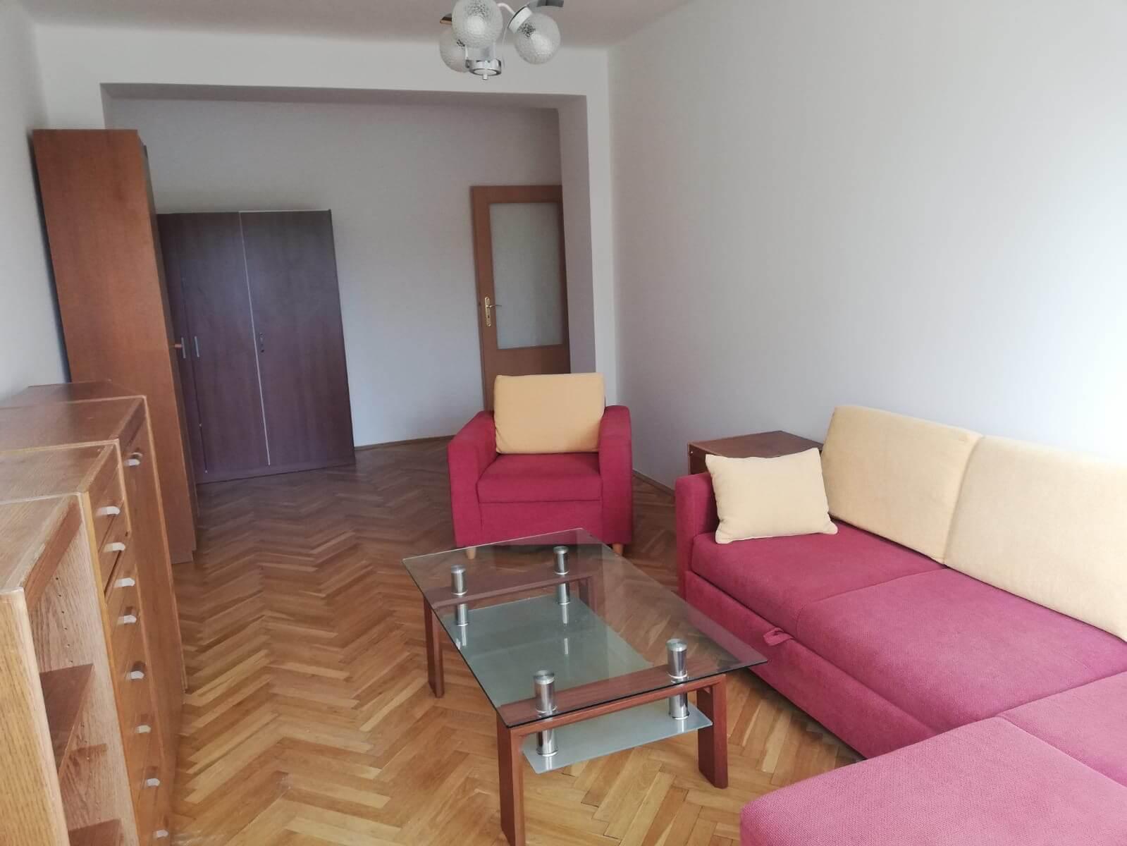 Ponúkame na prenájom 2 izb. byt na Herlianskej ul.- cena je konečná vrátane energií