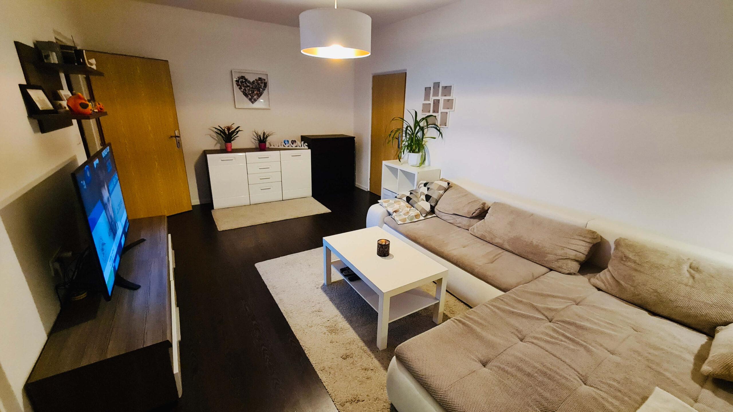 Predaj klimatizovaného 2-izb. bytu s loggiou a balkónom - RUŽINOV ŠTRKOVEC