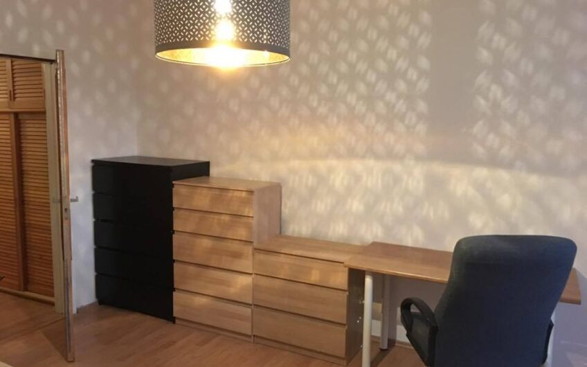 Príjemný 1 izbový byt v dosahu električky v Petržalke