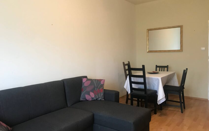 Prenájom priestranného 2 izbového bytu v tichej lokalite na Záhrebskej ulici