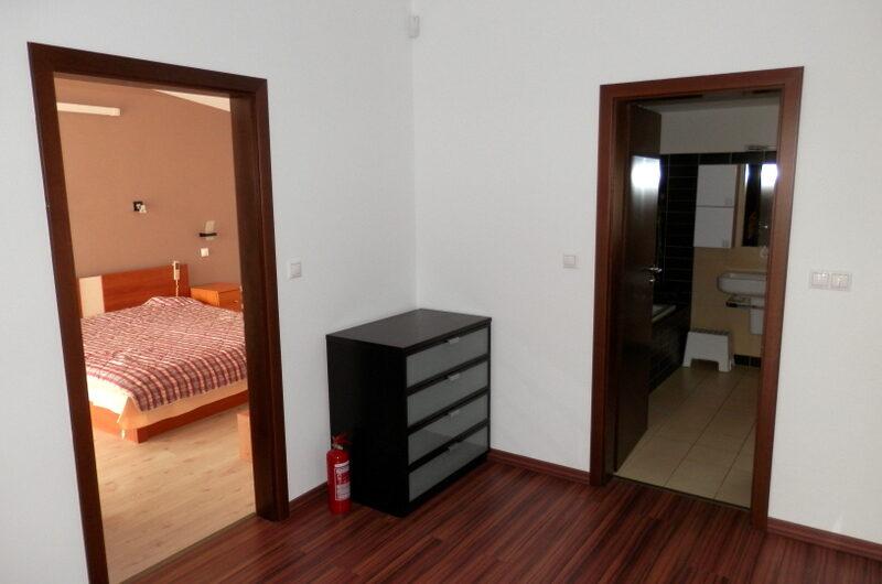 Na prenájom krásny samostatný 5 izb. RD v tichej časti Pod. Biskupíc